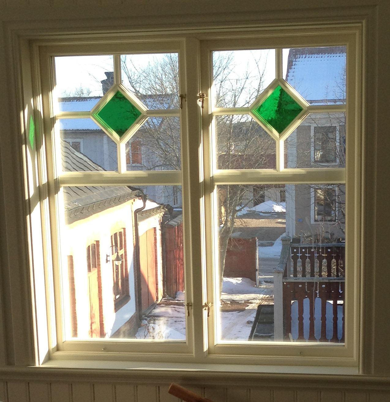 26032013-storgatan fönster1
